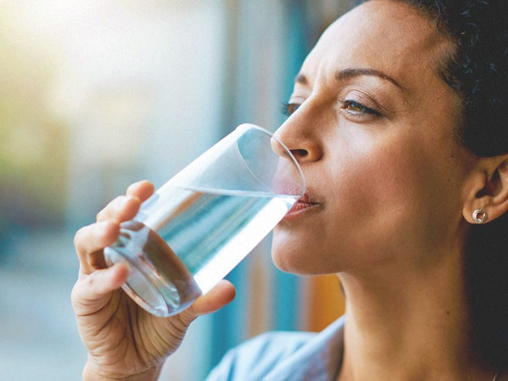 4878 Woman drinking a glass of water 732x549 thumbnail 732x549 1