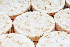Puffed rice cakes