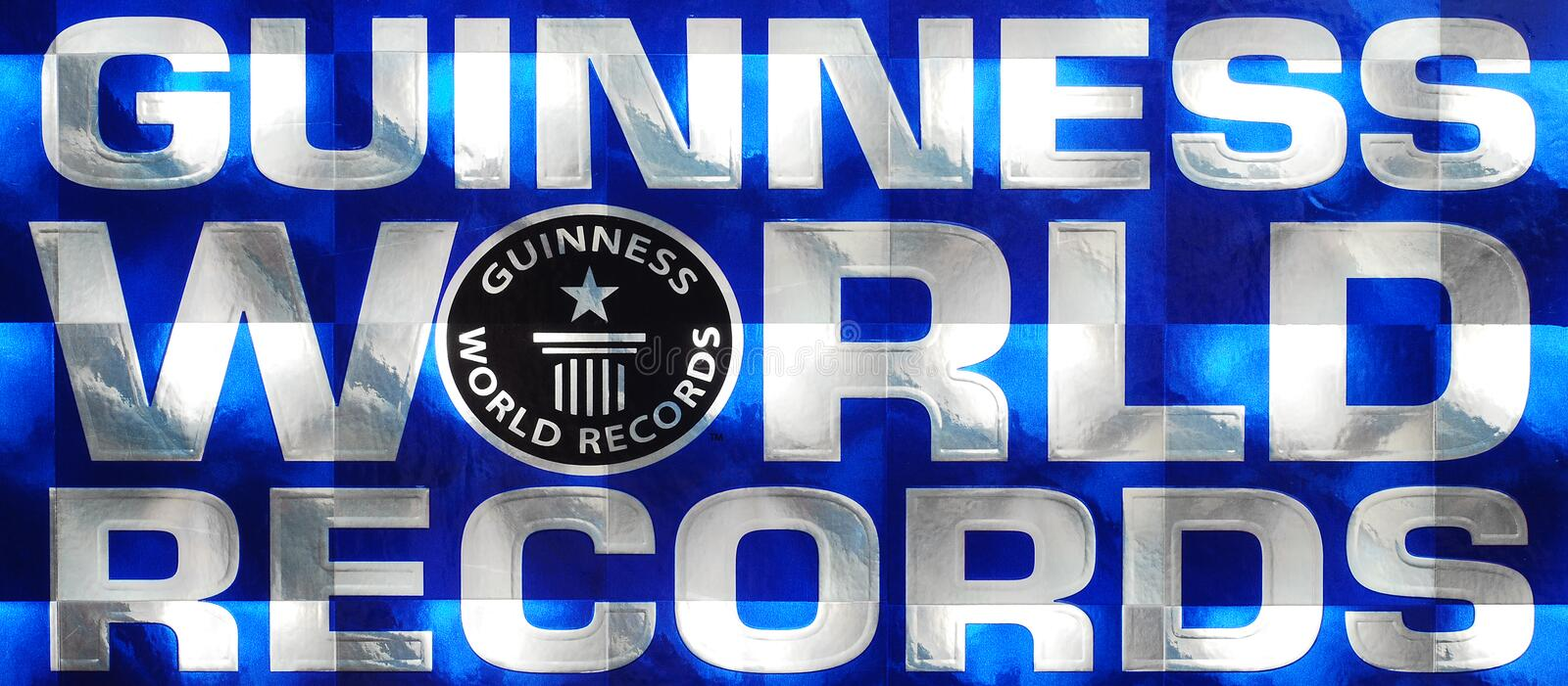 guinness world records logo 17625178