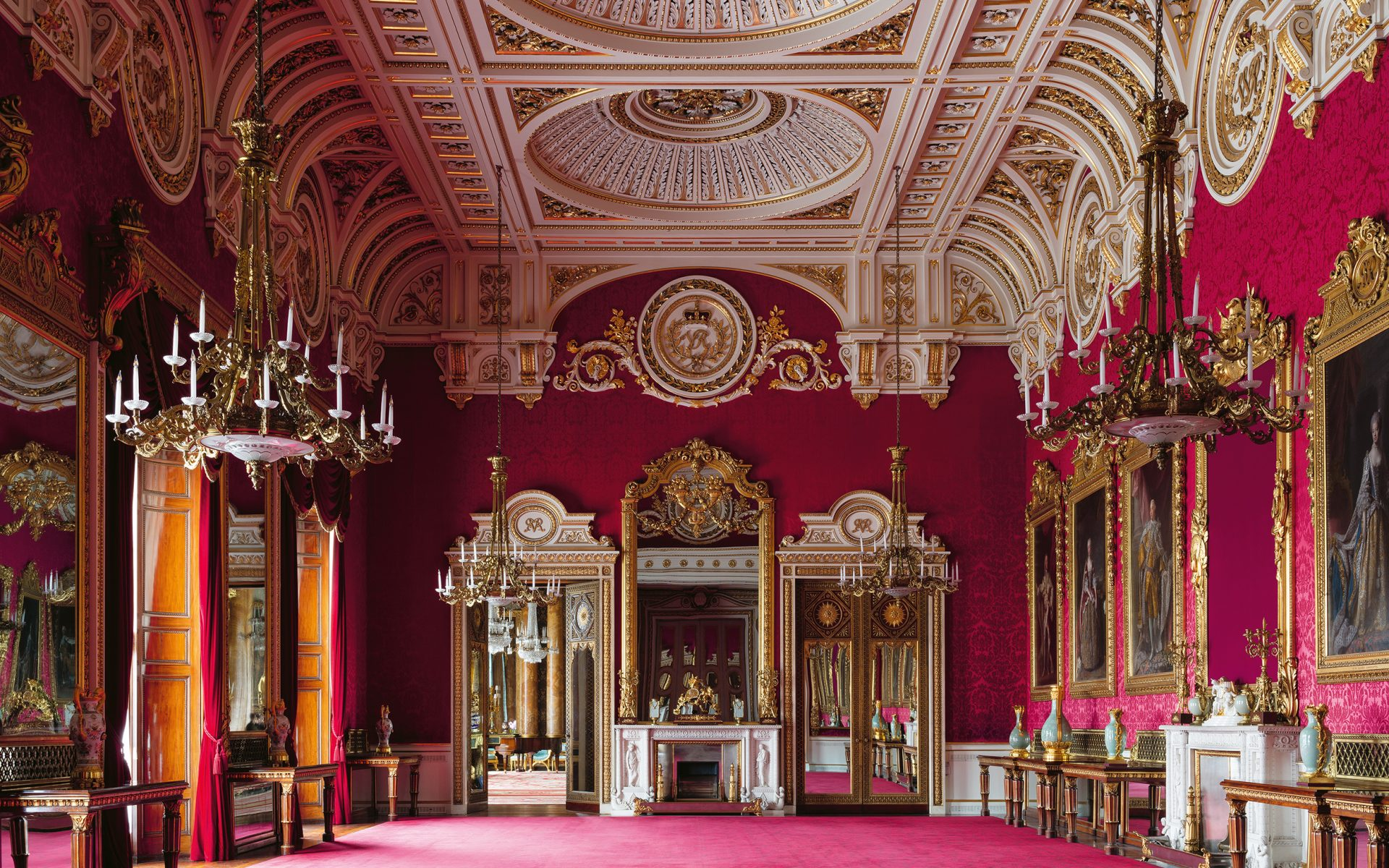 Get a Rare Glimpse of the Royal Family's Private Rooms at Buckingham Palace - Galerie