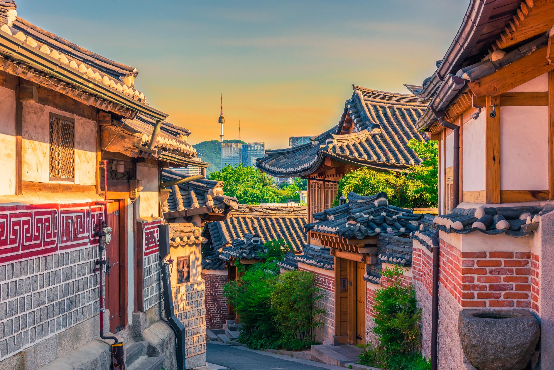 Bukchon Hanok Village travel guidebook –must visit attractions in Seoul – Bukchon Hanok Village nearby recommendation – Trip.com