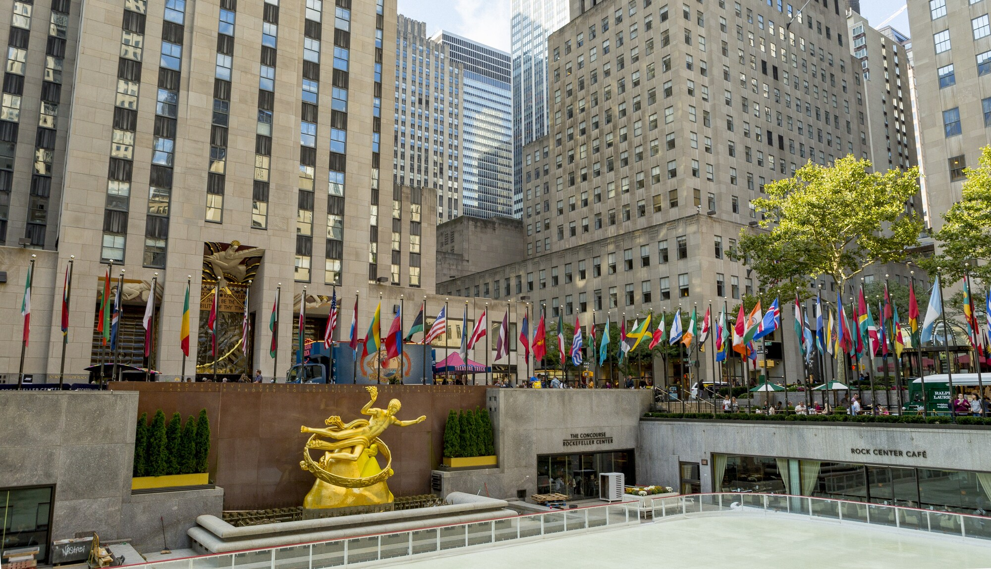 125 Rockefeller Center Hotels from Rs1,257,090, New York hotel discounts | Hotels.com