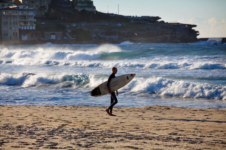 90% of Australians live on the coast