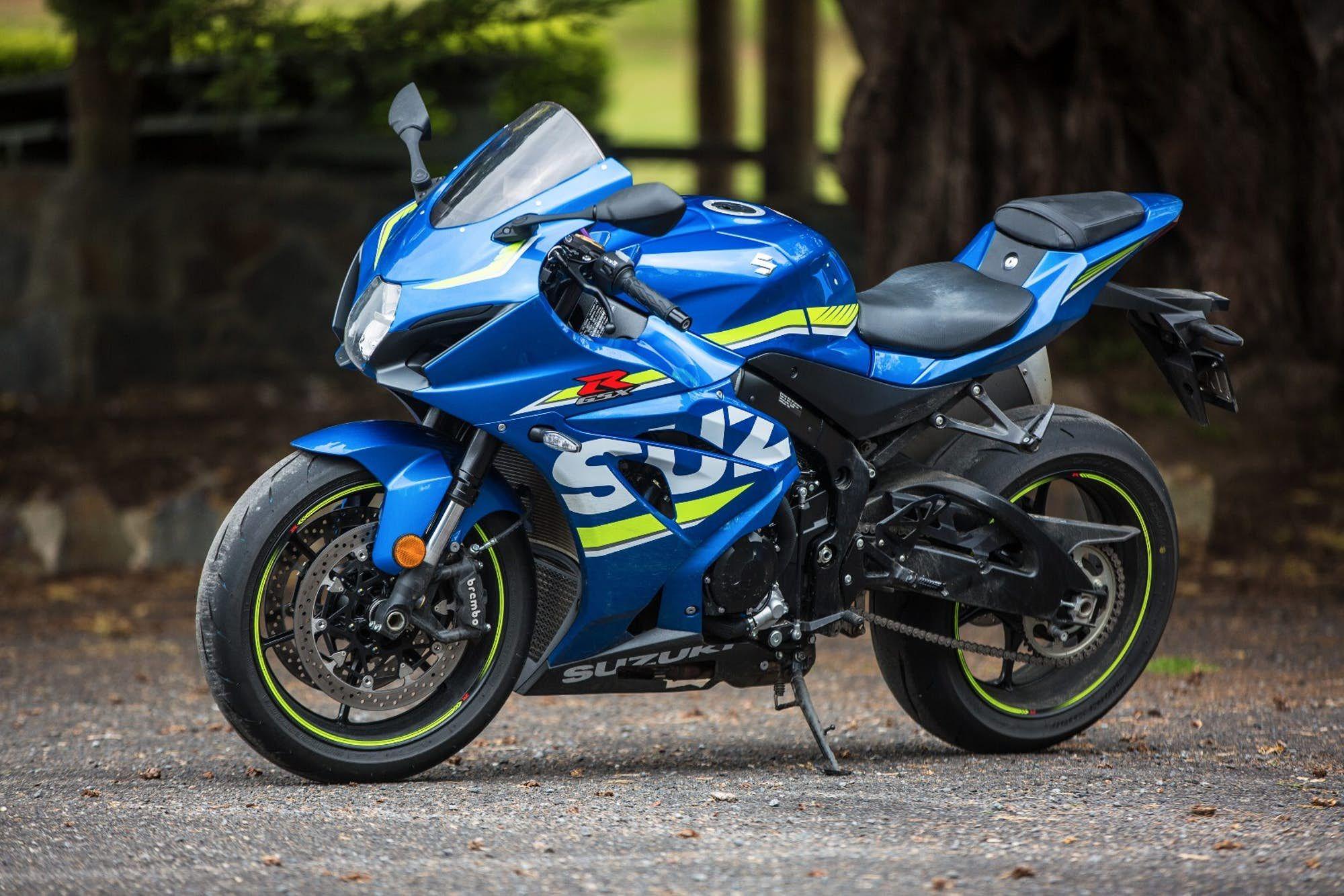 2017 Suzuki GSX-R1000 review: The Big Gixxer is back with a vengeance | Suzuki gsx, Suzuki gsxr1000, Gsx