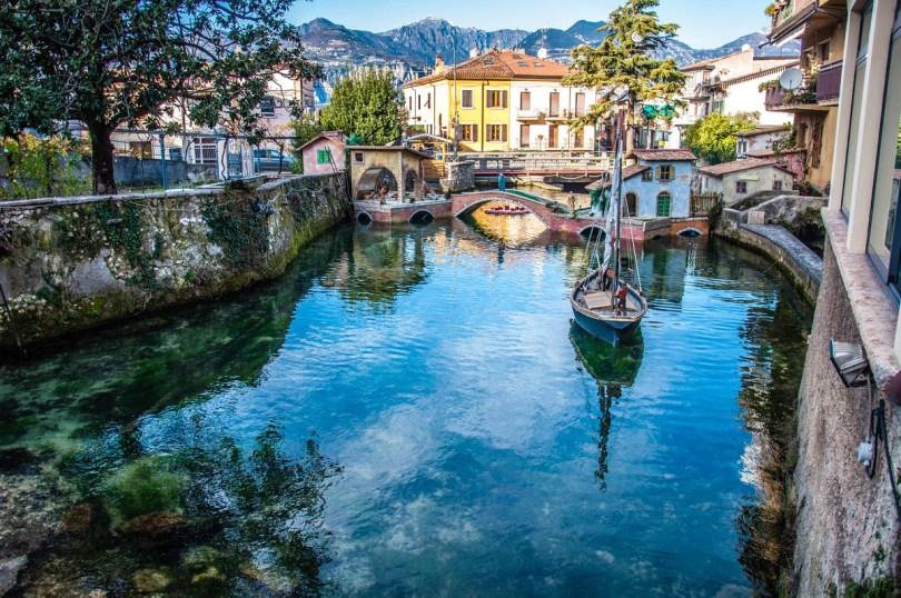 The Shortest River in Italy - River Aril in Cassone at Lake Garda