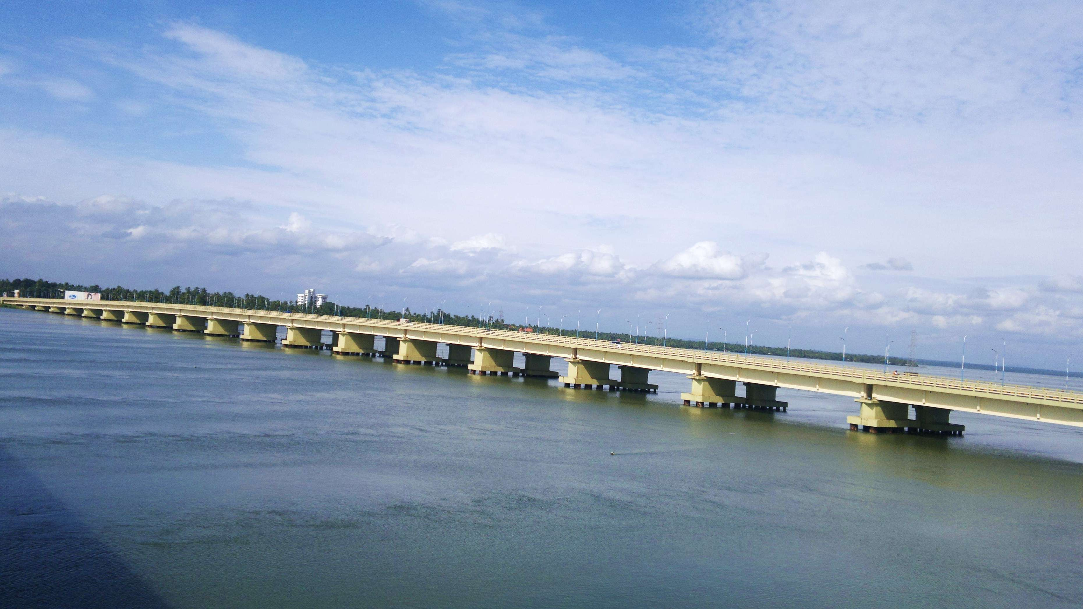 Soon, tourists can enjoy Kochi's scenic backwaters from India's longest rail bridge | Times of India Travel