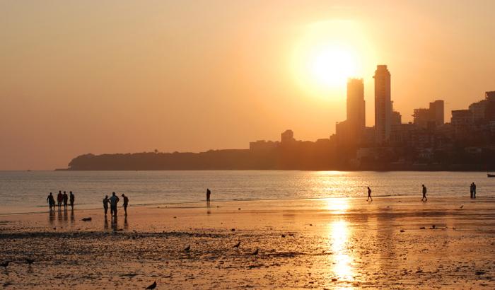 Chowpatty-Beach_Mumbai.