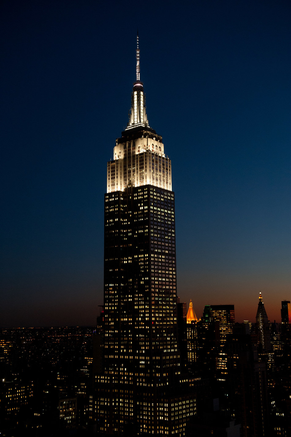 The Empire State Building to Celebrate 90 Years