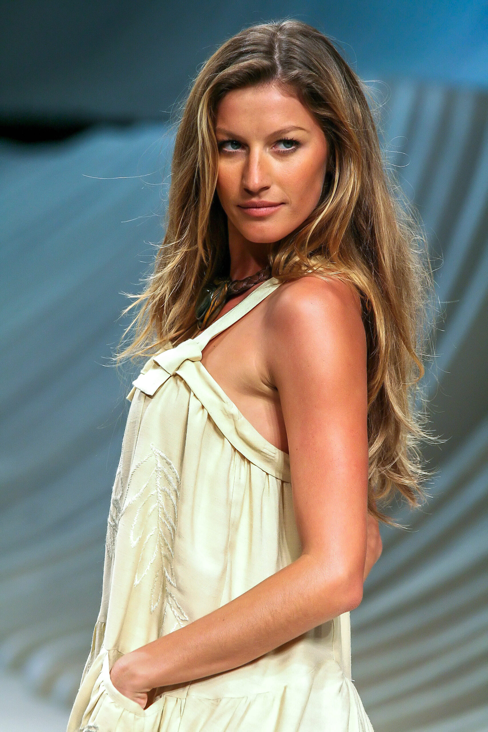 Top 10 Richest Female Models In The World.