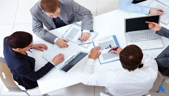 Management consultant