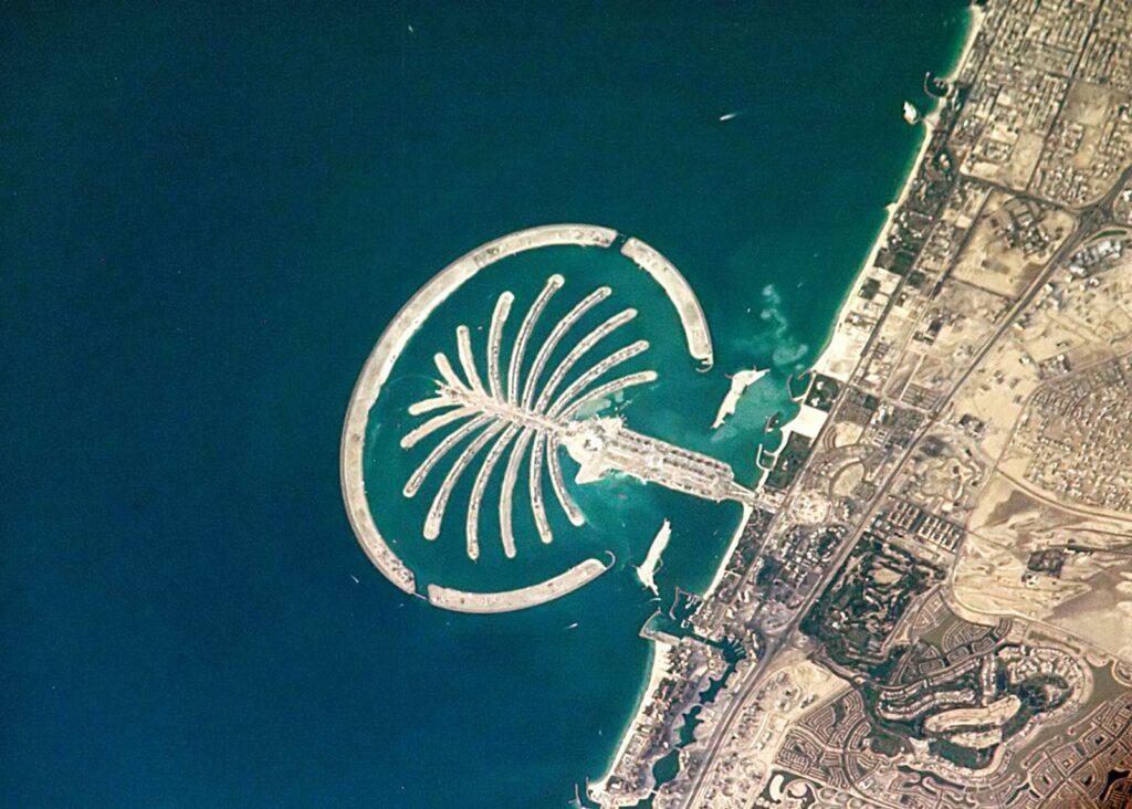 Palm-Jumeirah-Dubai-United-Arab-Emirates