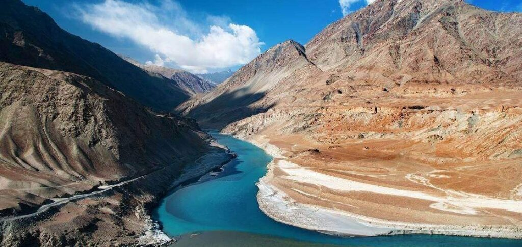 Sangam-point-Leh-Ladakh-