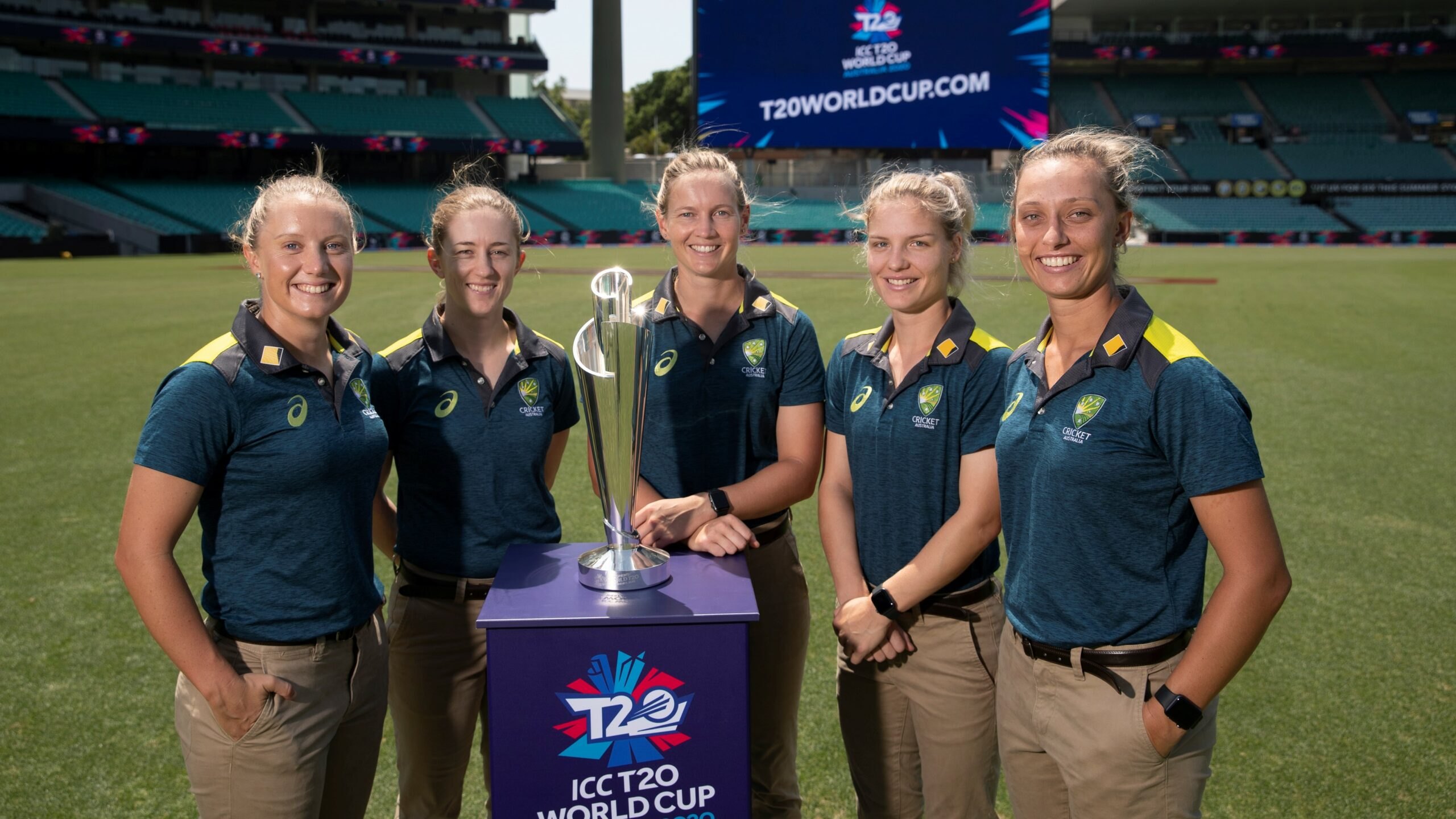 Top 10 the most Beautiful International Women Cricketer 2021