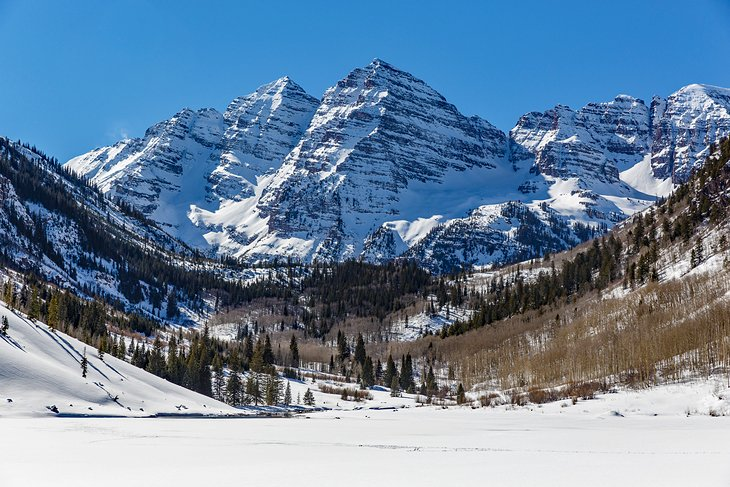 The Maroon Bells, Aspen in the winter