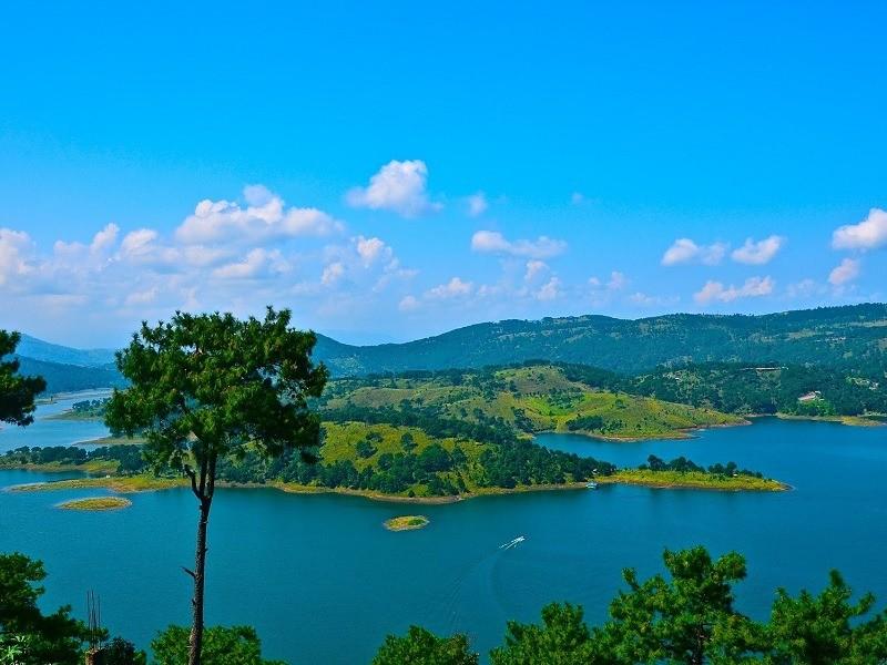 Umiam_Lake_Main