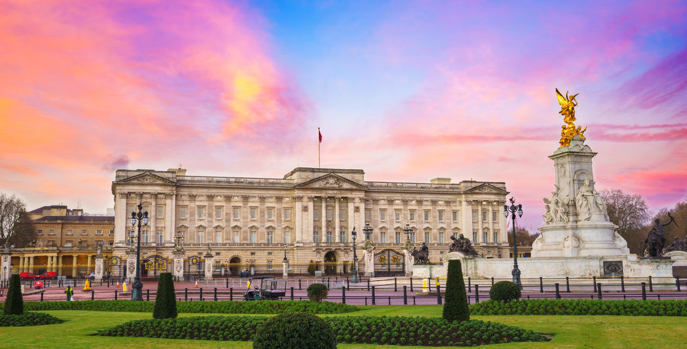 6 of the Best Buckingham Palace Facts | Evan Evans Tours