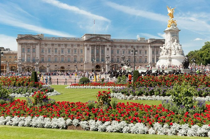 Buckingham Palace Tour with Changing of the Guard Ceremony 2021 - London