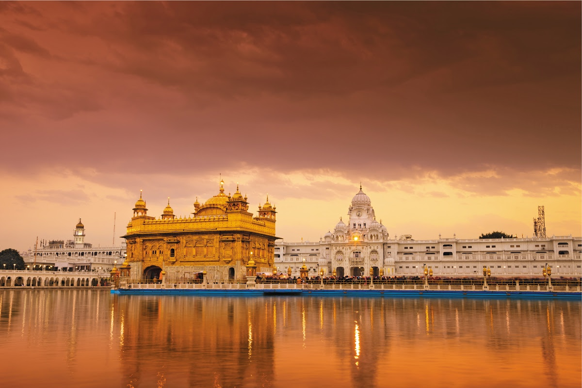 The Golden Temple, Amritsar - Incredible India! — Google Arts & Culture