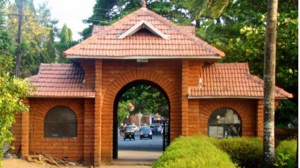 mananchira-square-kozhikode.