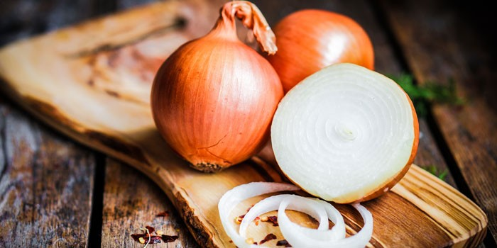 The health benefits of onions - BBC Good Food