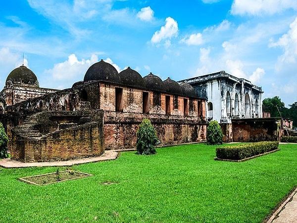 the-katra-mosque